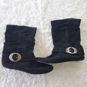 Suede leather flat boots size 11